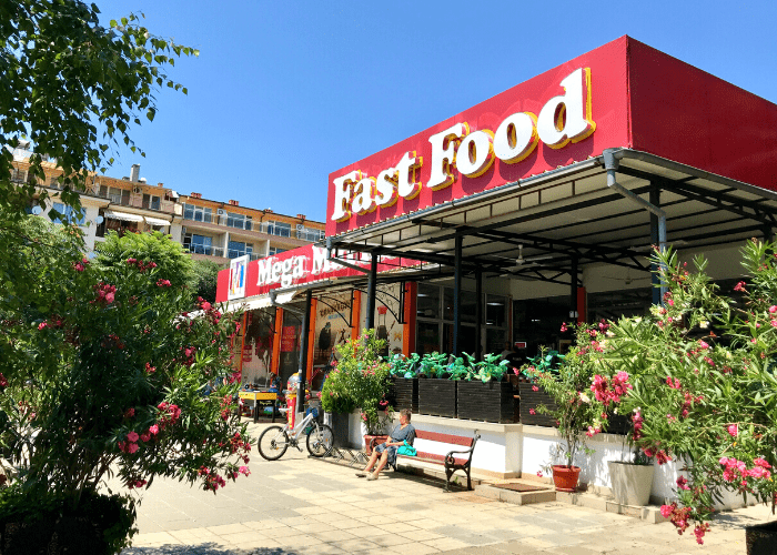 fast food outlet
